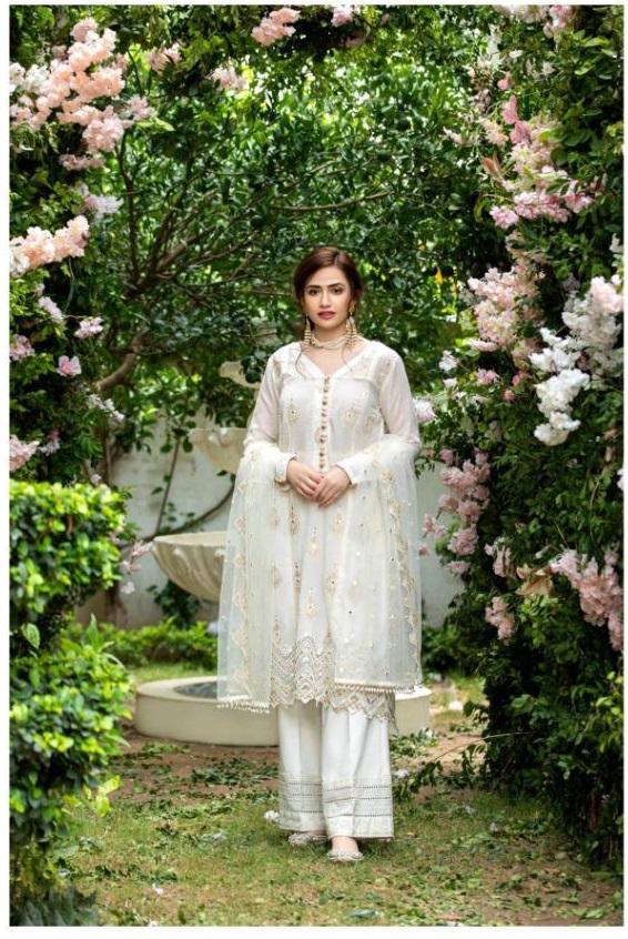 Rawayat Sobia Nazir Designer Salwar Kameez Shopping online in Indian