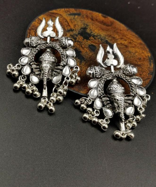 Top 100 Imitation Jewellery Wholesalers in Surat